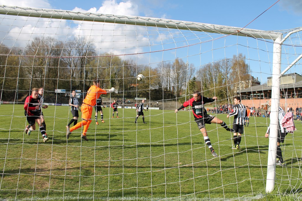 Voetbal Vlaanderen wil voetbalcompetities graag opnieuw opstarten begin september