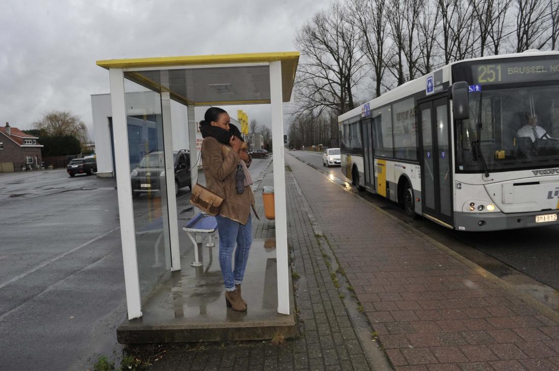 Sp.a vraagt extra aandacht voor toegankelijkheid bushaltes