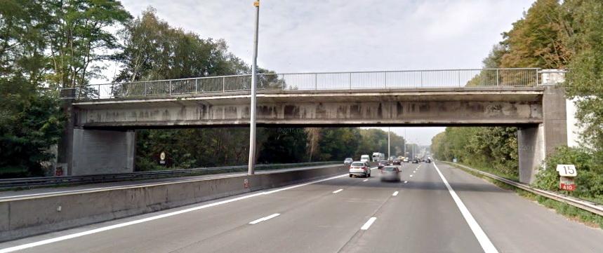 Nieuwe brug over de E40 in Affligem, enorme operatie
