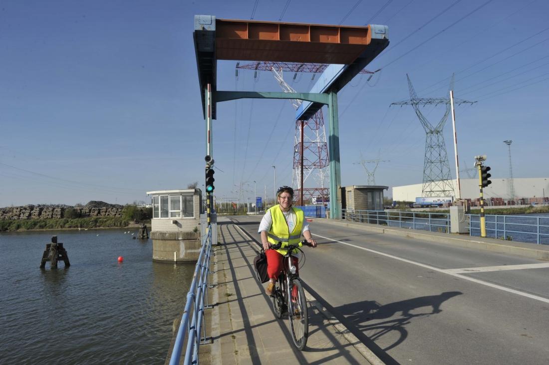 Herstelling Willemsbrug noodgedwongen stilgelegd