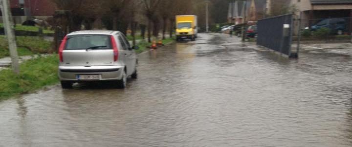 Onweer zorgt ook voor wateroverlast in onze regio.
