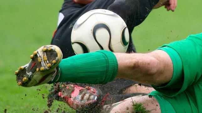Voetbalnieuws: Eerste driepunter voor HOWM