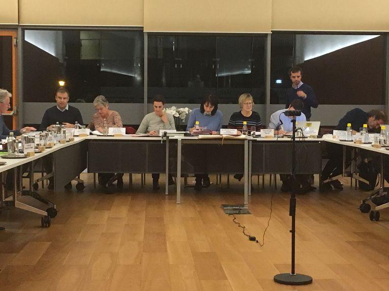 Gemeentebestuur schorst resem belastingen, retributies en huurgelden