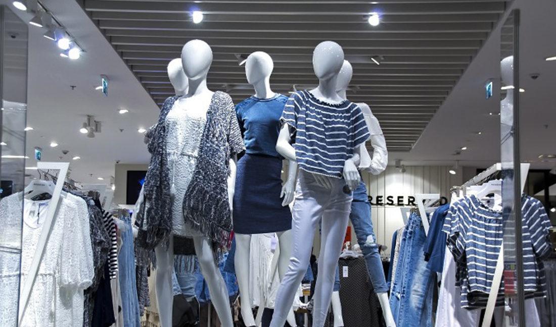 Modewinkels smeken om uitstel zomersolden