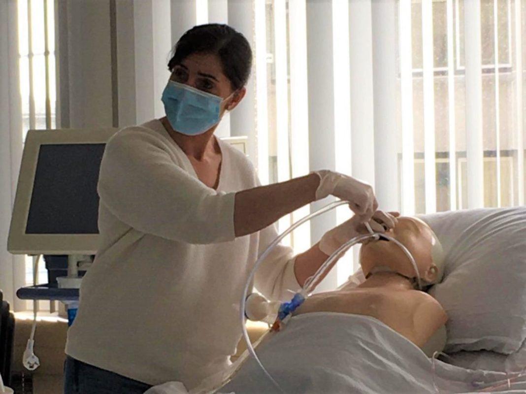 Thomas More schoolt verpleegkundigen van AZ Jan Portaels gratis bij voor Intensieve Zorg