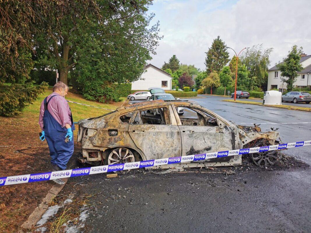 Wagen uitgebrand in woonwijk Abtsdal