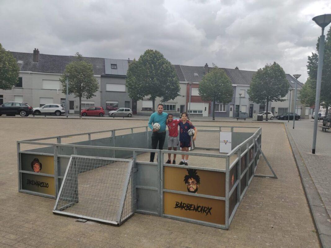Jonge voetballers kunnen hartje ophalen op pop-up veldjes
