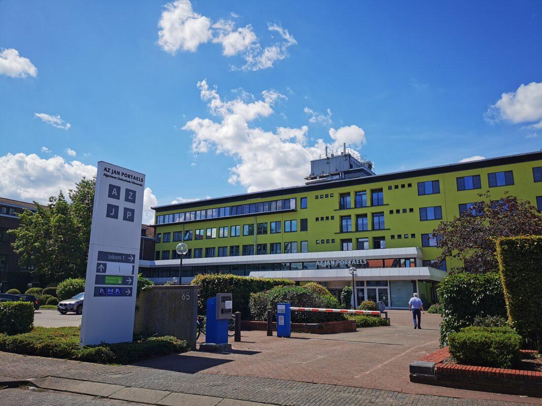 Inwoners kunnen voor verplichte coronatest terecht in medisch centrum AZJP