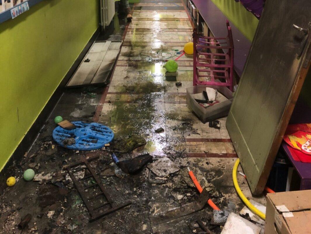 Schade na brand in SBS Kinderkoppen te groot: 150 kleuters krijgen tijdelijk elders onderdak