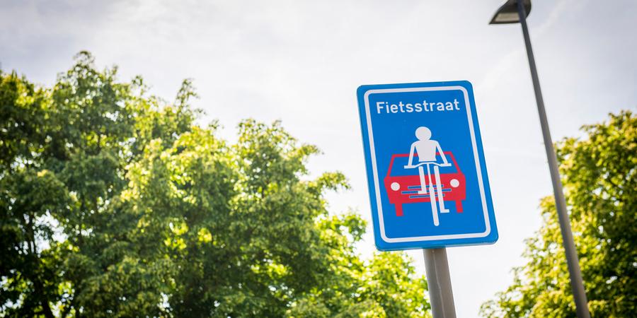 Drielindenbaan/Boven Vrijlegem fietsstraat