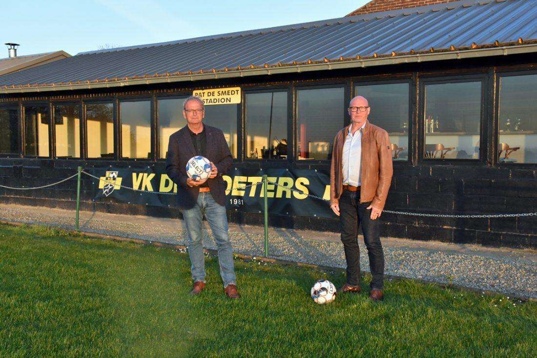 40 jaar voetballen met De Sjoeters