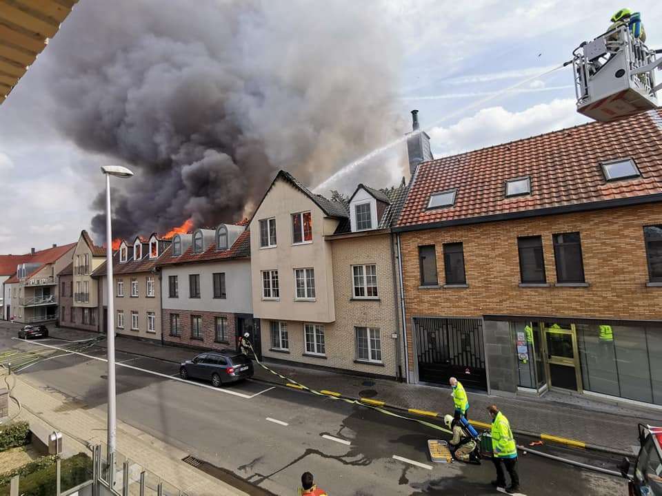 Zware appartementsbrand in Opwijk