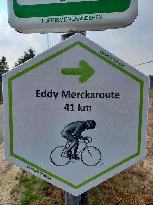 Nieuwe borden voor Eddy Merckx-fietsroute