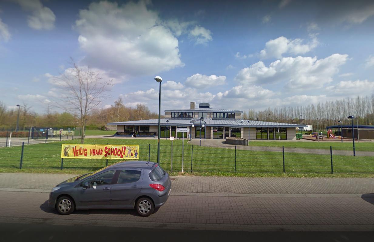 Gemeentelijke basisschool Rode krijgt nieuw dak